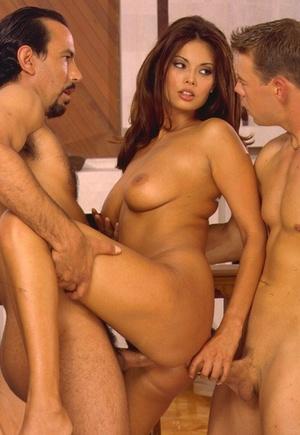 Top Asian pornstar Tera Patrick fucks 2 men at the same time