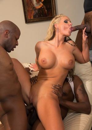 Large butt Mummy Phoenix Marie and her girlfriends have an interracial gang-bang