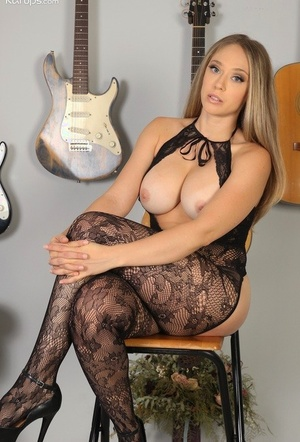 Busty amateur Kagney Lynn Karter models solo in crotchless bodystocking