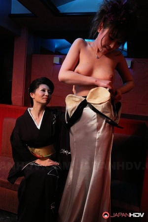 Japanese beauty Sayuri Mikami entertains a horny duo with FFM sex