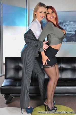 Best mates Ava Devine and Natasha Starr love a 3 way fuck