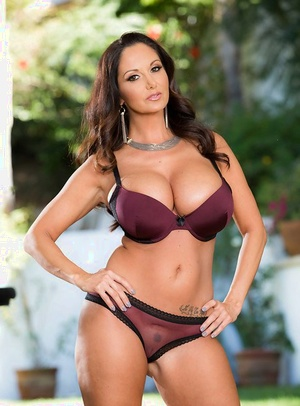 Sexy ravem mom with huge tits Ava Addams presents herself in solo