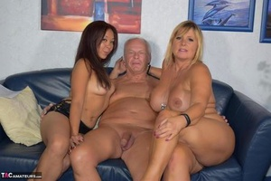 Big fatty & sexy young friend de-robe nude to pleasure olman at kinky party