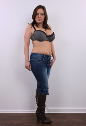 Big breasted Sona strips her jeans and shit to flaunt her fatty tits