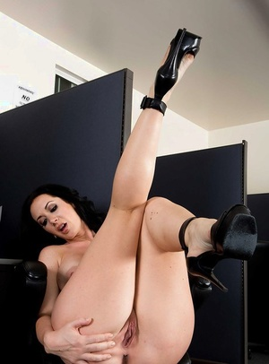 Gorgeous brunette Jayden Jaymes shows off her big tits in high high-heeled shoes